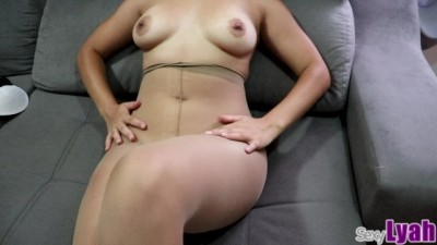 I Rode my Tinder Date and he Cums between my Pantyhose Ass Cheeks