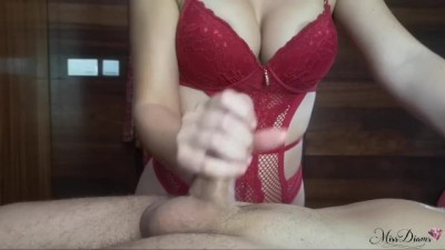 Shes Massages my Balls and I Cum in her Mouth