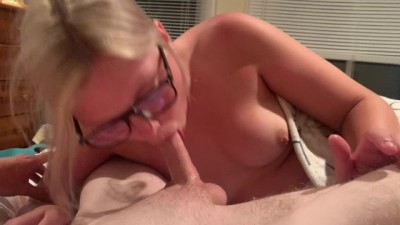 Teen Swallows a MASSIVE Load