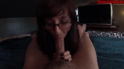 Sexy MILF Marie Sucking a Big Happy Dick