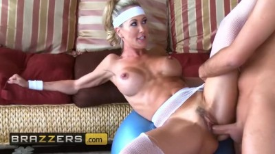 Horny Milf Brandi Love has hard sex