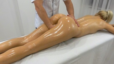 Massage Therapist fucked me hard