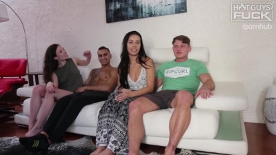 Dudes Fucks SEXY ASS girl and Cums TWICE! Once way