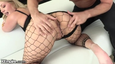 Curvy Blonde Babe Only Squirts From Hard Anal