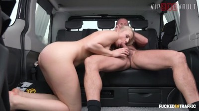 Super Hot Czech Teen Fucked Like A Slut In A Taxi