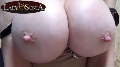 British Babe Lady Sonia Playing With Her Huge Big Tits