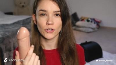 Polish Girl tries Sybian