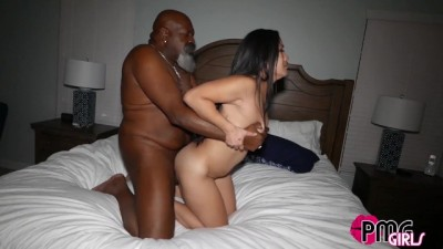 Song Lee Fucks Big Max Giant BBC