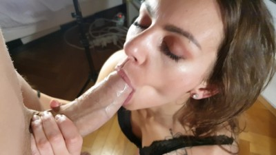 Blowjob with Huge Facial