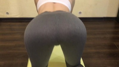On Quarantine Fucked Step Sister, while she was doing Fitness in Leggings