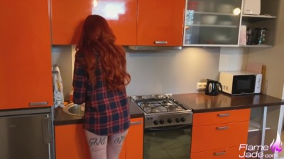 Redhead Girl Blowjob and Doggystyle Fucking while Parents Rest
